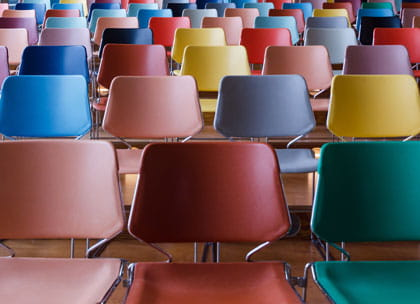 Coloured lecture seats